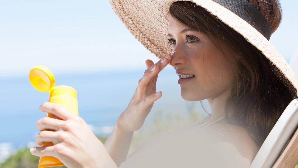 Photo of نگاهی گذرا به مارکت مواد اولیه ضد آفتاب تا سال ٢٠٢٠