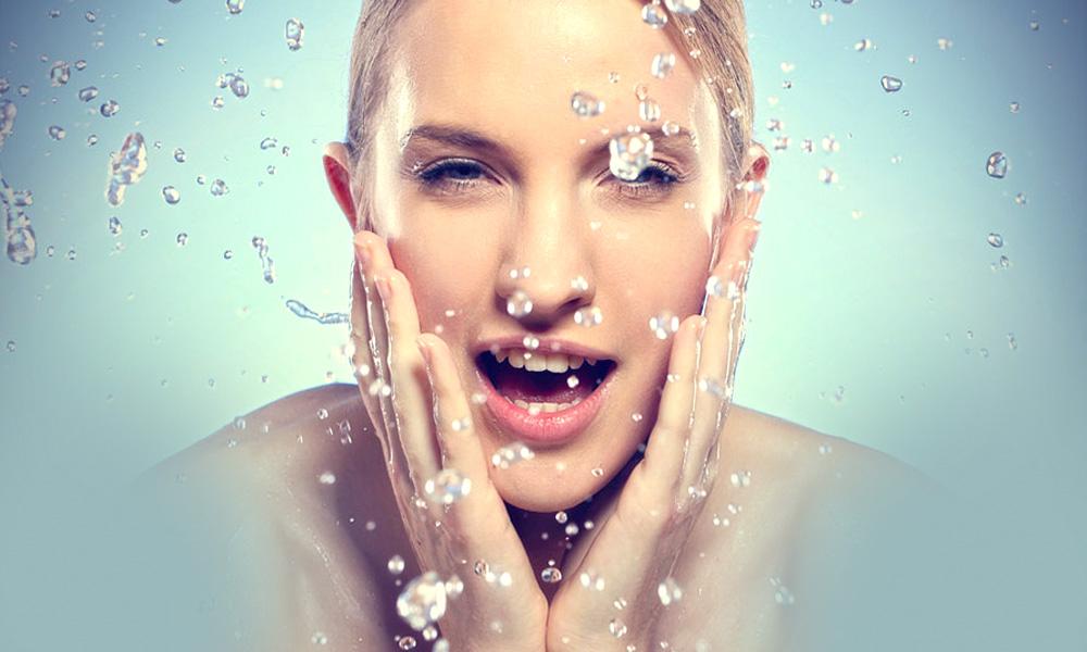 Photo of توصیه هایی برای انتخاب شوینده مناسب صورت برای انوع پوست